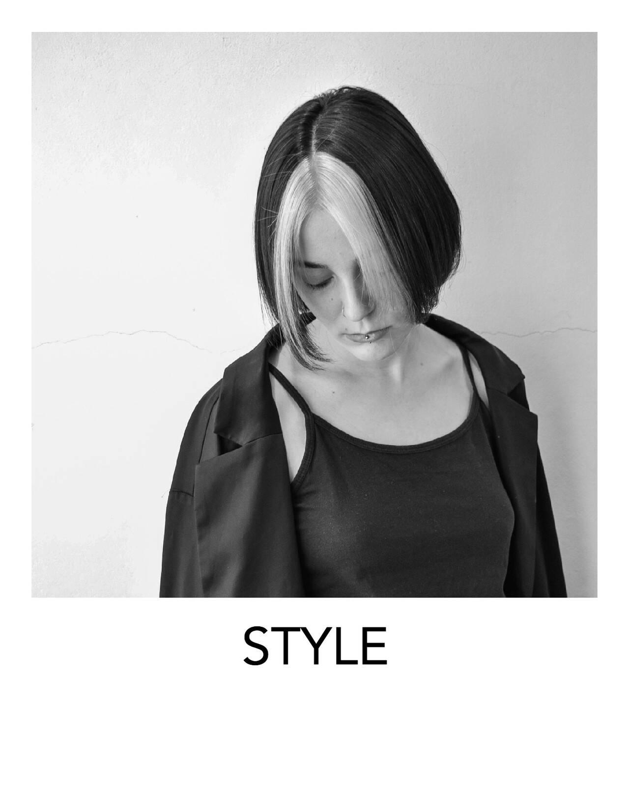 切りっぱなしボブ ホワイトブリーチ ボブ ホワイトカラーヘアスタイルや髪型の写真・画像