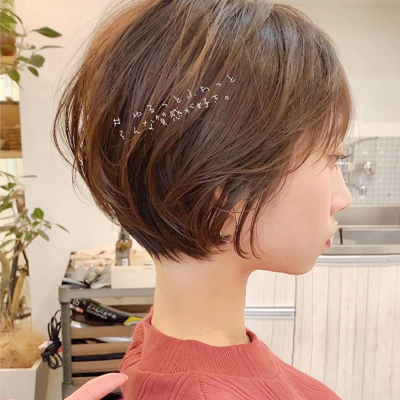 ミニボブ ナチュラル ショートヘア ベリーショートヘアスタイルや髪型の写真・画像