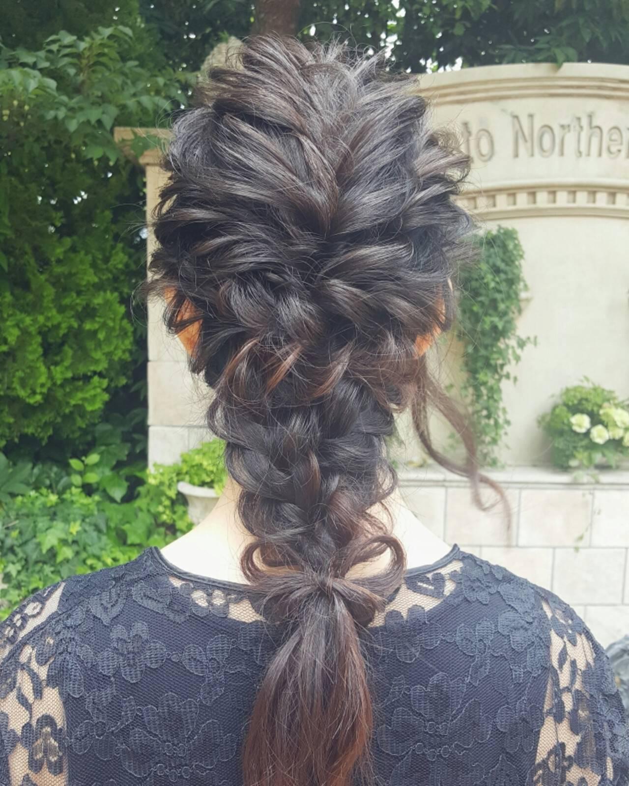 外国人風 ハーフアップ ヘアアレンジ ゆるふわヘアスタイルや髪型の写真・画像