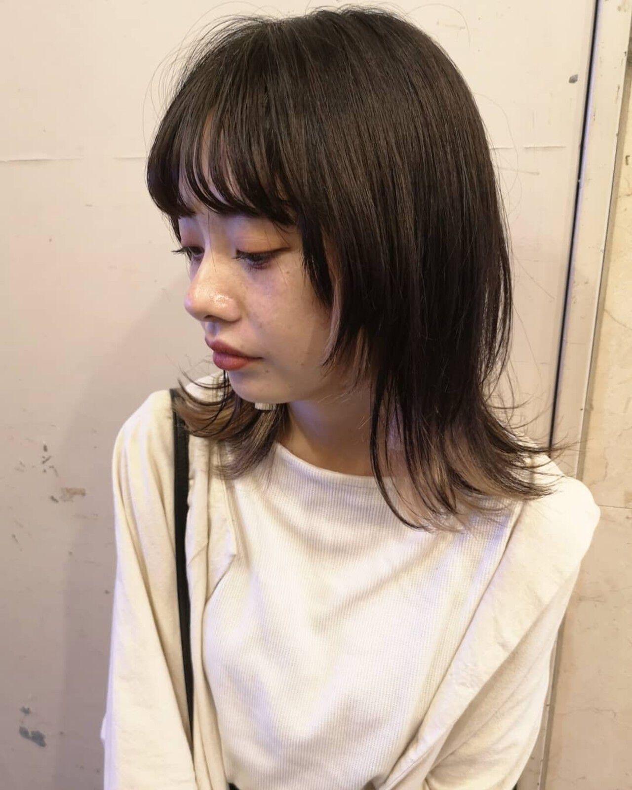 マッシュウルフ ミディアム ウルフ ナチュラルウルフヘアスタイルや髪型の写真・画像