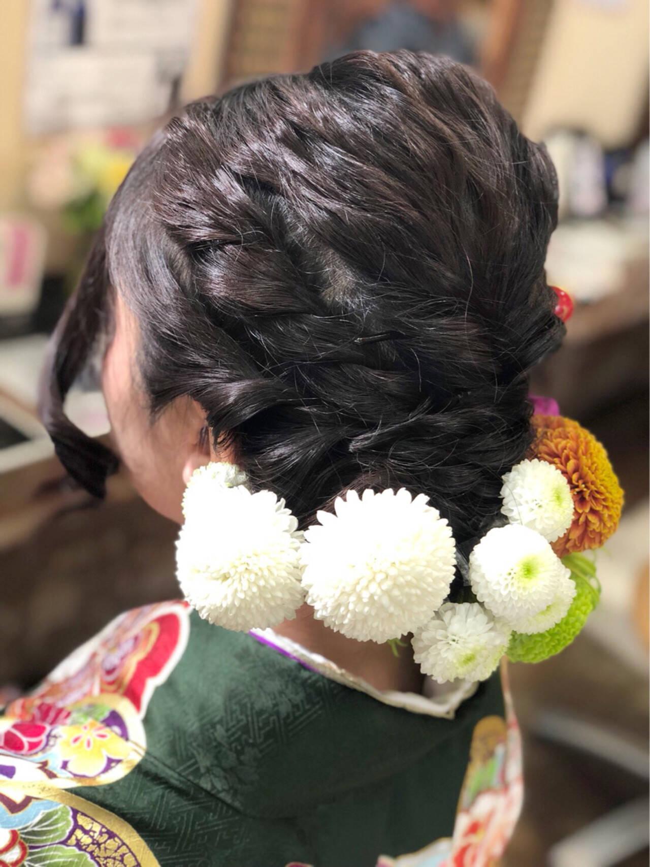 ガーリー ミディアム ヘアアレンジ 花ヘアスタイルや髪型の写真・画像