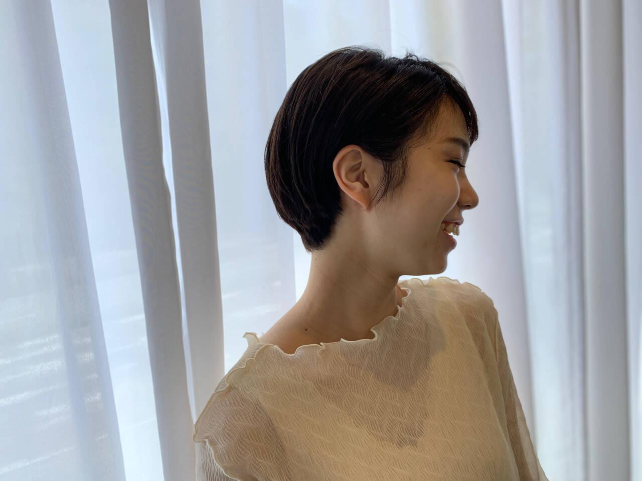 ショートボブ ショートヘア ミニボブ ナチュラルヘアスタイルや髪型の写真・画像