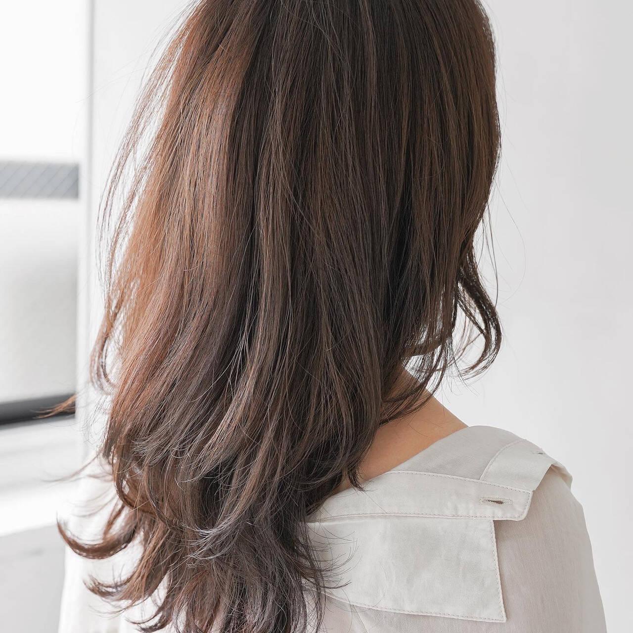 フェミニン ロングヘアスタイル 毛先パーマ ロングヘアスタイルや髪型の写真・画像
