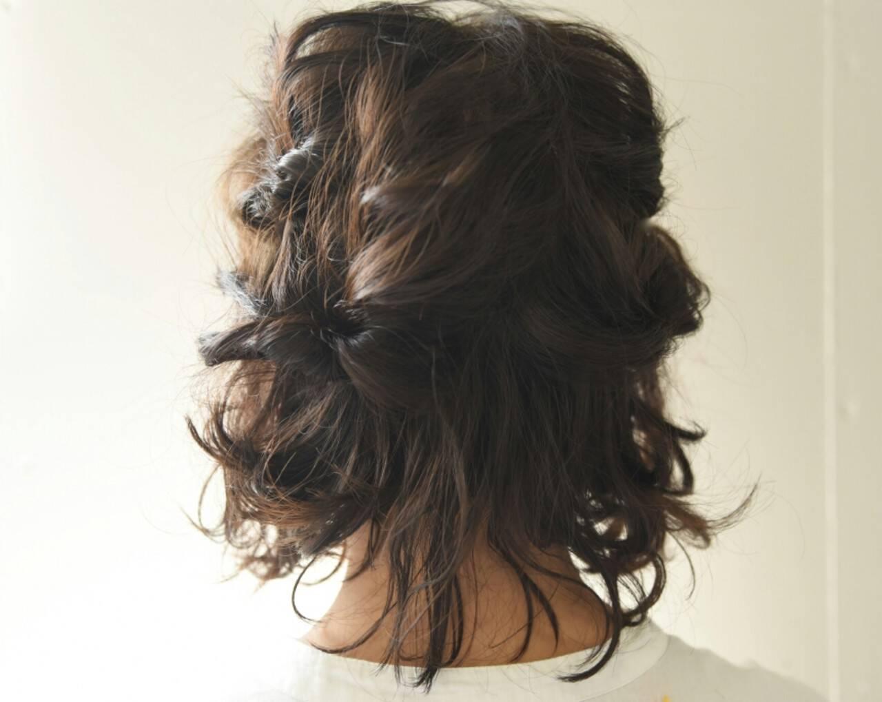 ボブ ハーフアップ 波ウェーブ ガーリーヘアスタイルや髪型の写真・画像