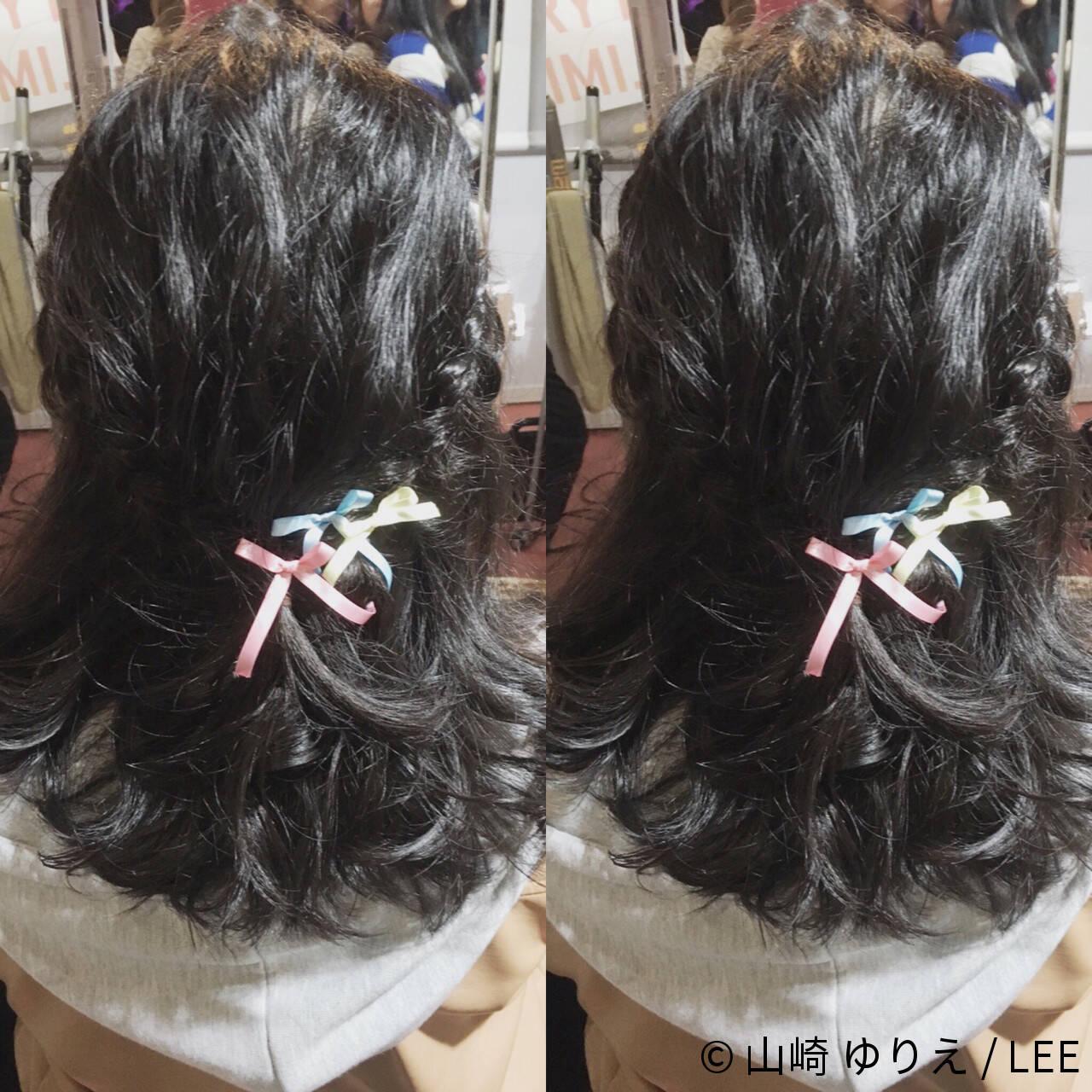 ヘアアレンジ ショート ミディアム フェミニンヘアスタイルや髪型の写真・画像