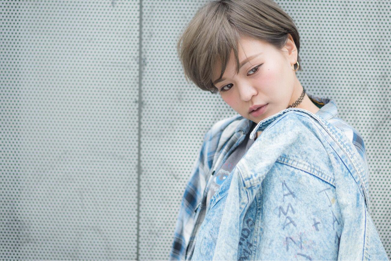 渋谷系 ショート グラデーションカラー ストリートヘアスタイルや髪型の写真・画像