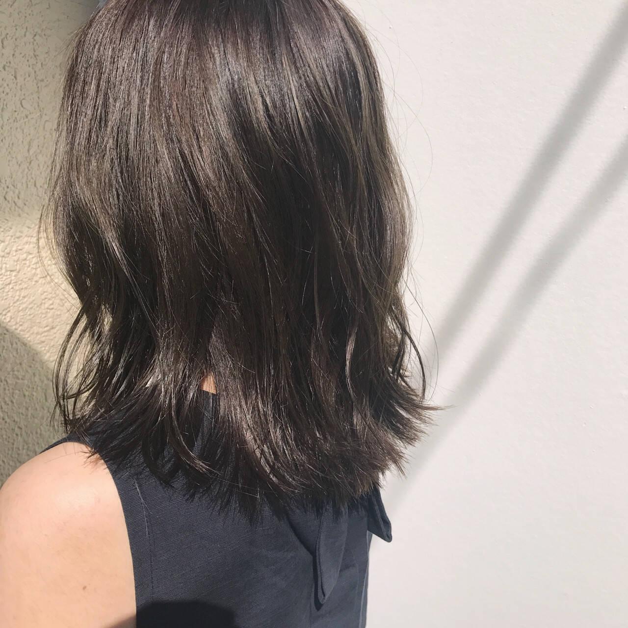 外国人風 ガーリー アンニュイ セミロングヘアスタイルや髪型の写真・画像