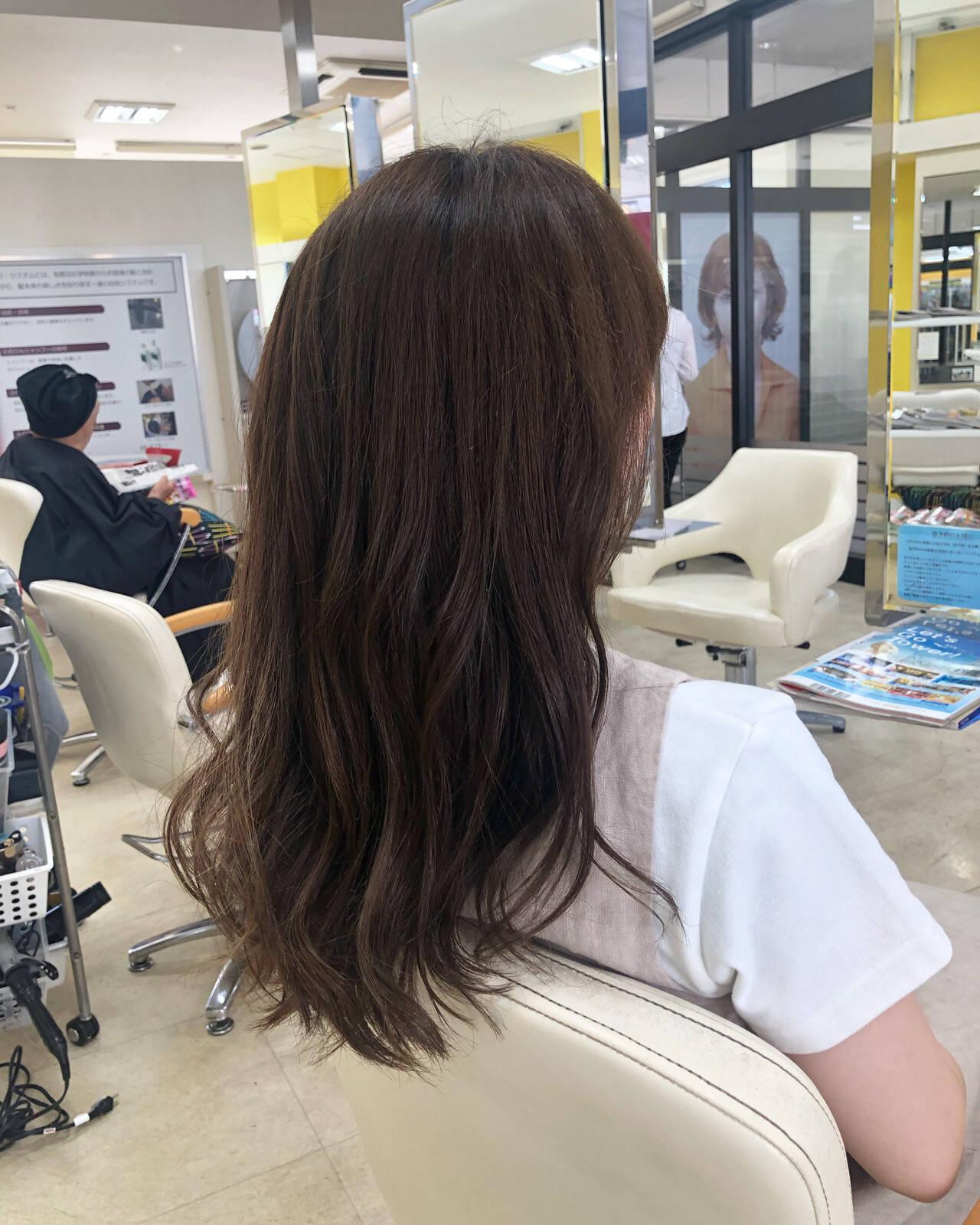 透明感カラー ナチュラル ハイライト ロングヘアスタイルや髪型の写真・画像
