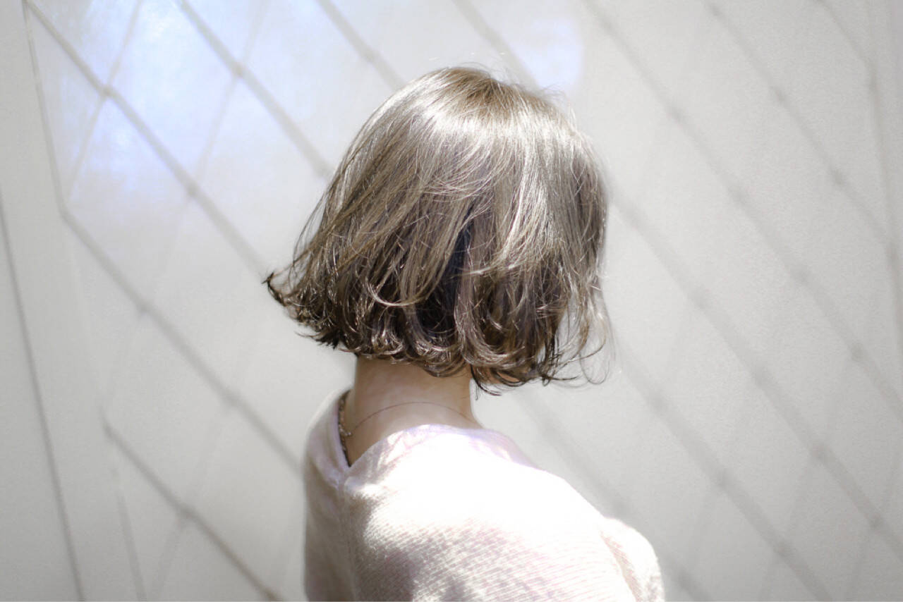 色気 ハイライト 小顔 切りっぱなしヘアスタイルや髪型の写真・画像