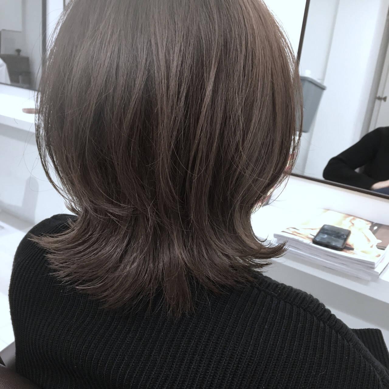 ナチュラル ミディアム マッシュウルフ ウルフカットヘアスタイルや髪型の写真・画像