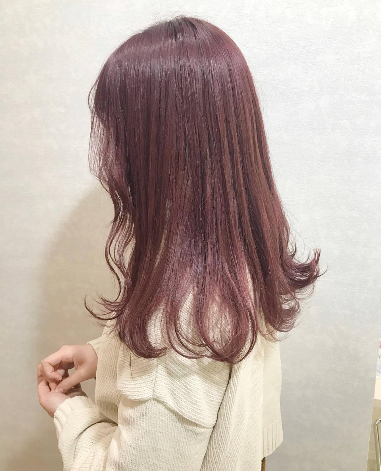 ガーリー ボルドー グレージュ ロングヘアスタイルや髪型の写真・画像