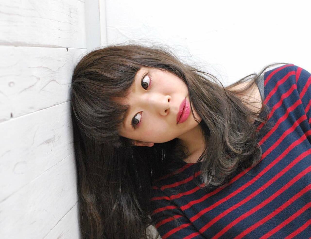 アッシュ ヘアメイク 外国人風カラー ロングヘアスタイルや髪型の写真・画像
