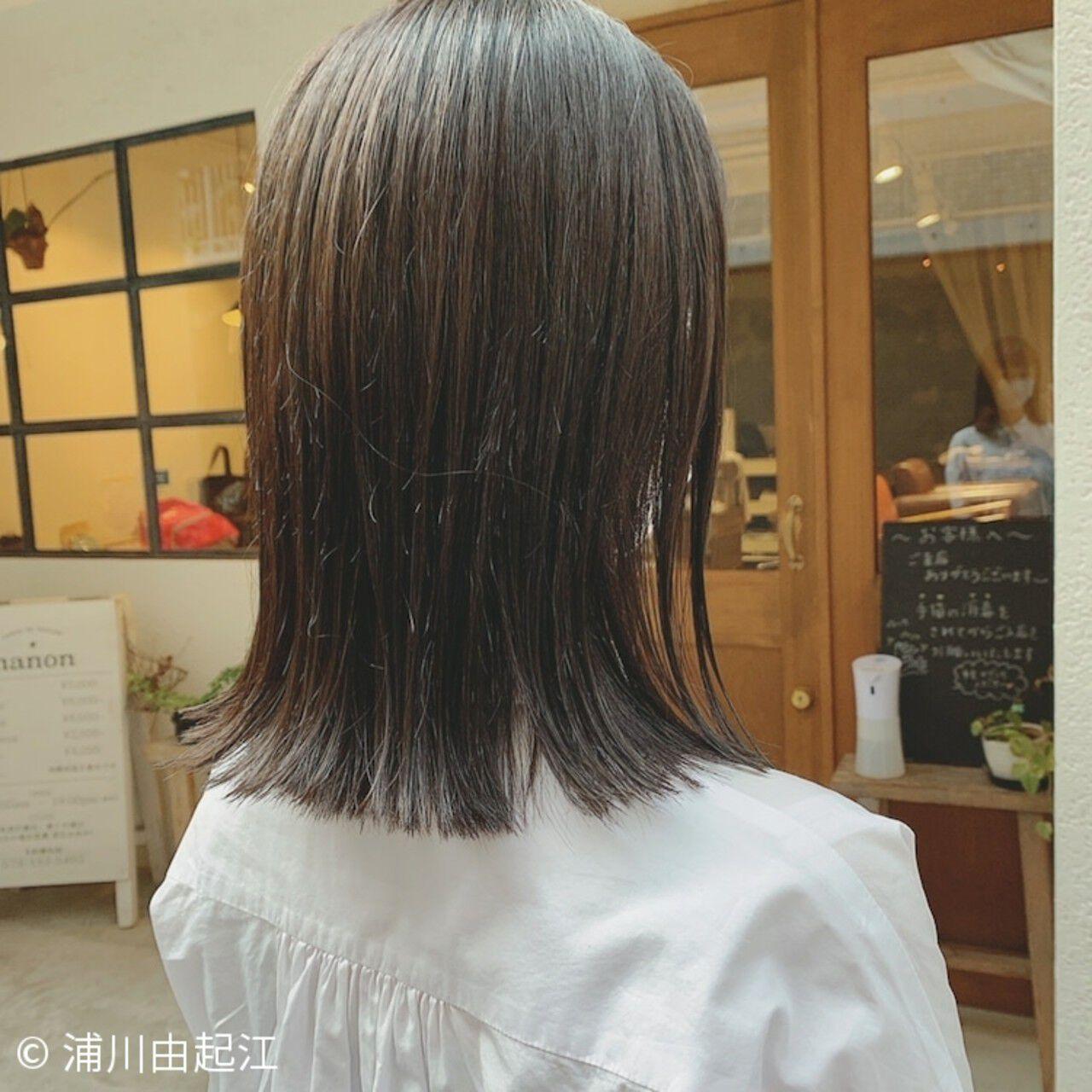 ミディアム 艶髪 外ハネ ゆるふわヘアスタイルや髪型の写真・画像