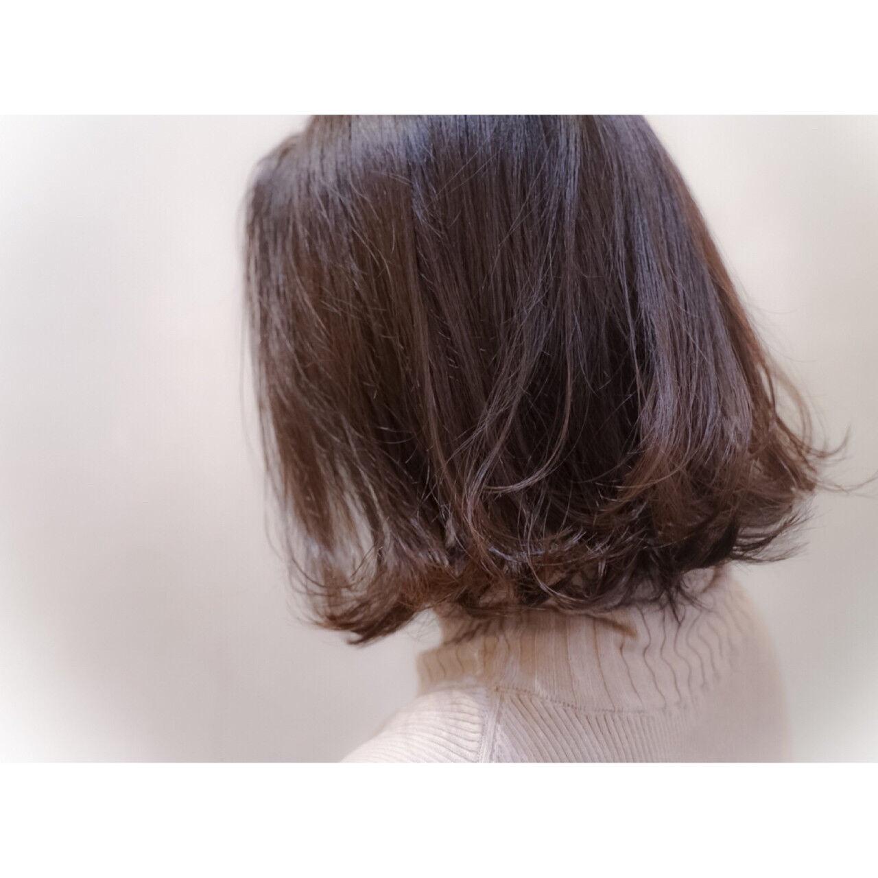 ナチュラル ハイライト ボブ アッシュヘアスタイルや髪型の写真・画像