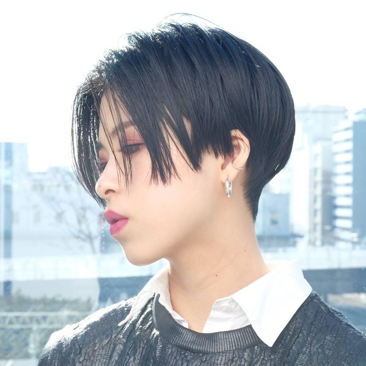 ハンサムショート PEEK-A-BOO 大人ヘアスタイル 似合わせカットヘアスタイルや髪型の写真・画像