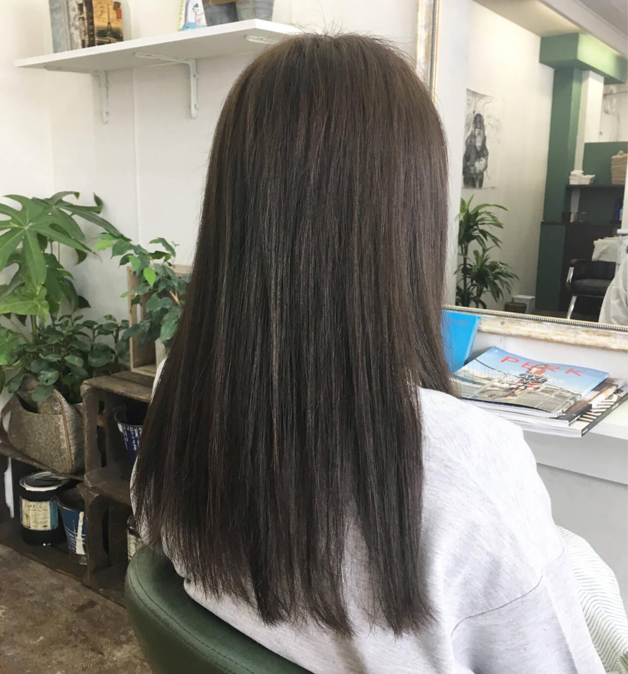 アッシュ ロング 黒髪 透明感ヘアスタイルや髪型の写真・画像