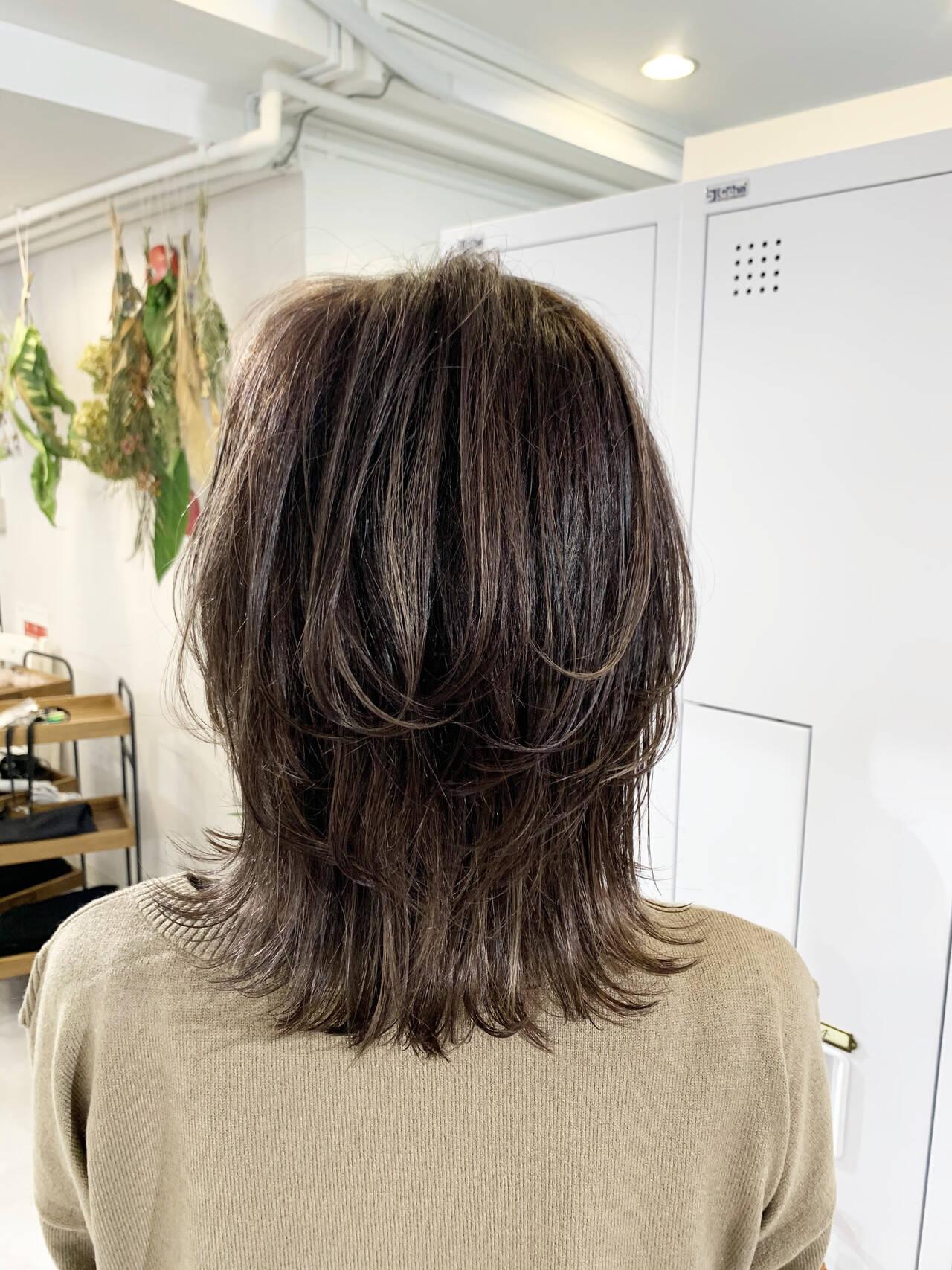 極細ハイライト 3Dハイライト 大人ハイライト ストリートヘアスタイルや髪型の写真・画像