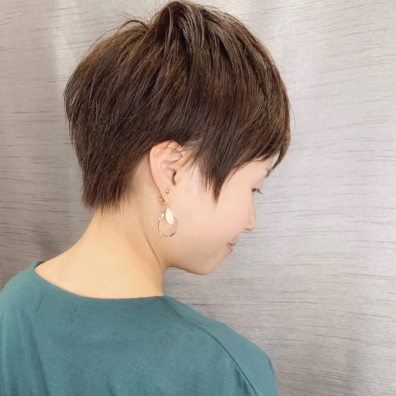 ショートヘア 前下がりショート 小顔ショート ショートヘアスタイルや髪型の写真・画像