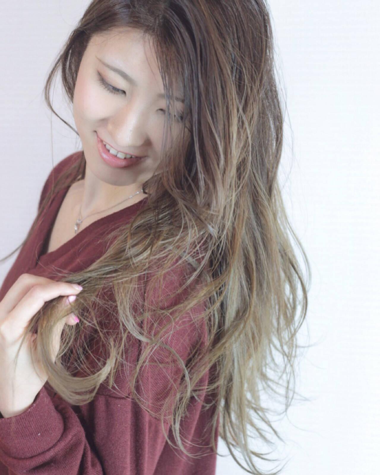 大人かわいい 外国人風カラー ロング エレガントヘアスタイルや髪型の写真・画像
