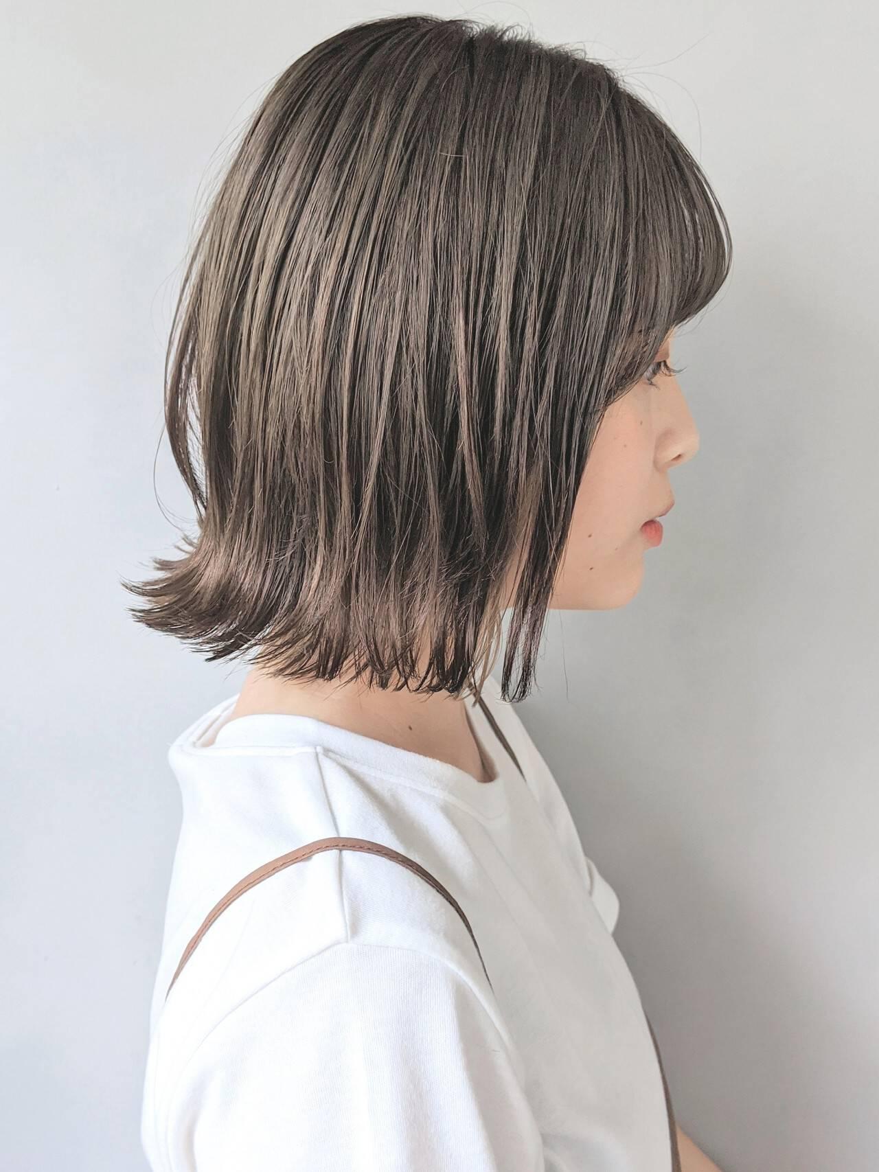 アンニュイほつれヘア シースルーバング コテ巻き風パーマ 外ハネヘアスタイルや髪型の写真・画像