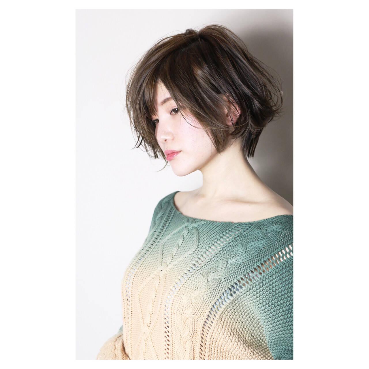 ショート かっこいい 大人女子 ナチュラルヘアスタイルや髪型の写真・画像