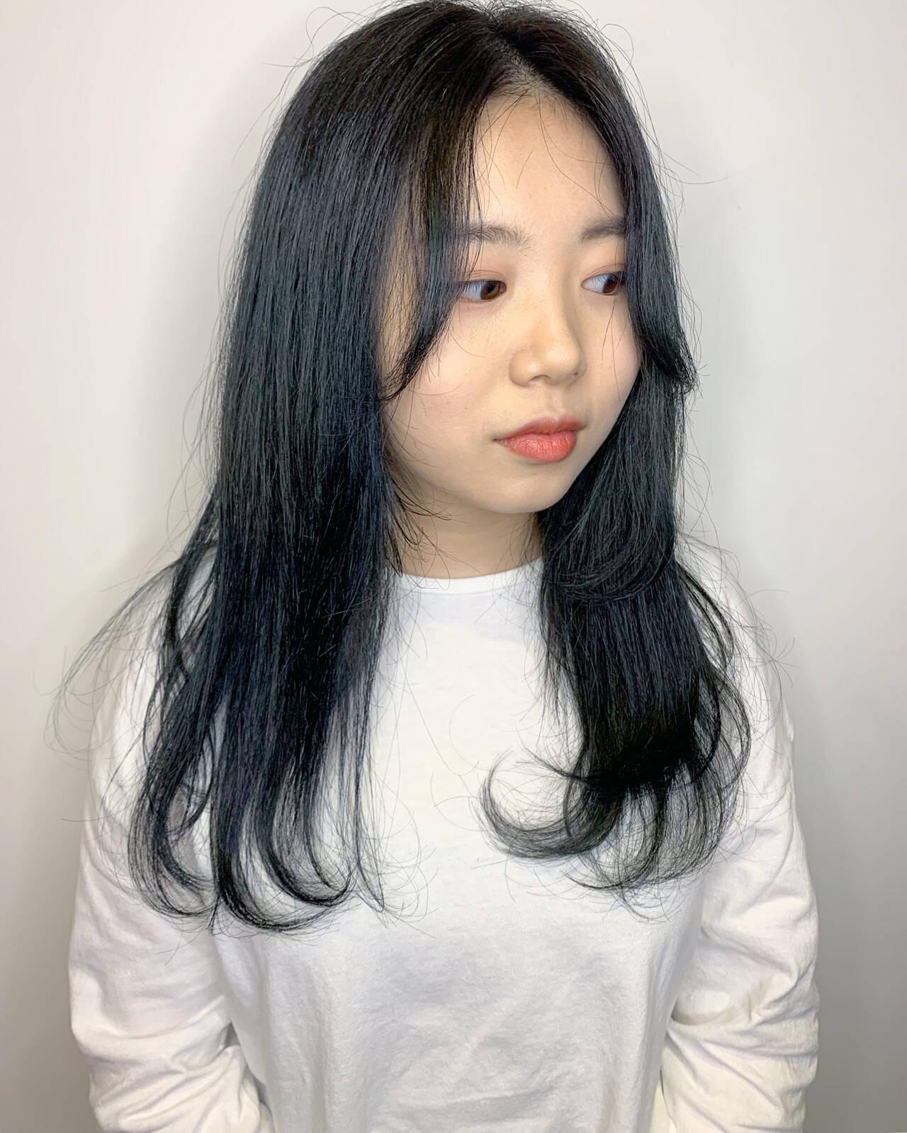 アディクシーカラー ロング インナーカラー 外国人風カラーヘアスタイルや髪型の写真・画像