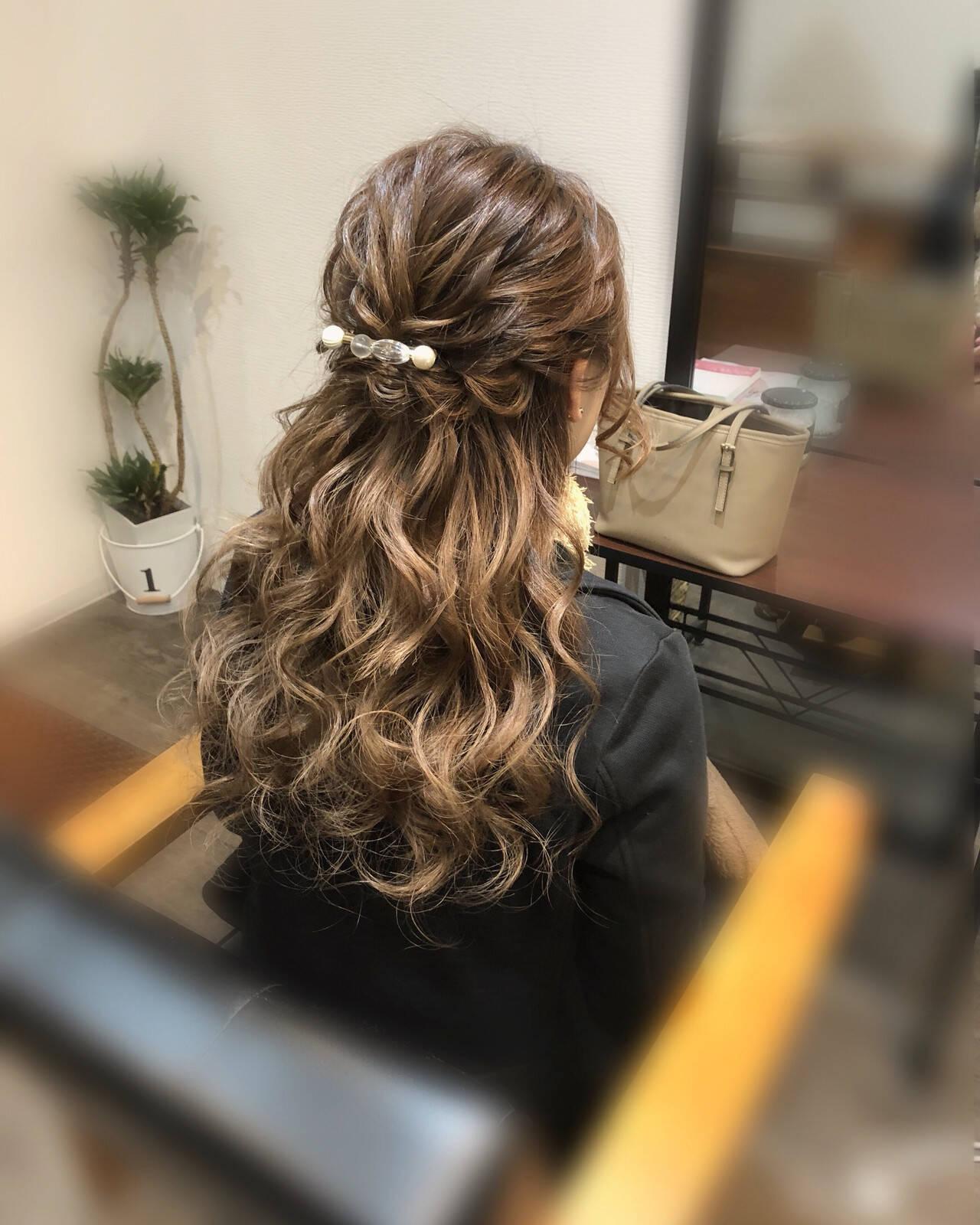 ヘアアレンジ 編み込みヘア ロング フェミニンヘアスタイルや髪型の写真・画像