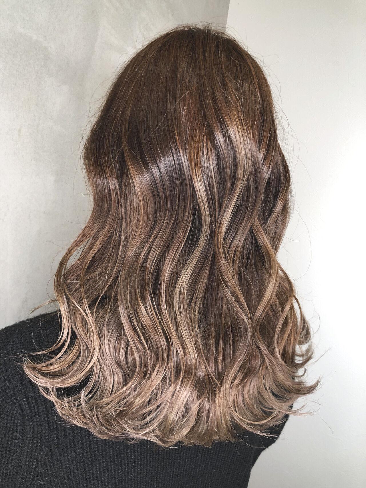 アウトドア セミロング デート 簡単ヘアアレンジヘアスタイルや髪型の写真・画像