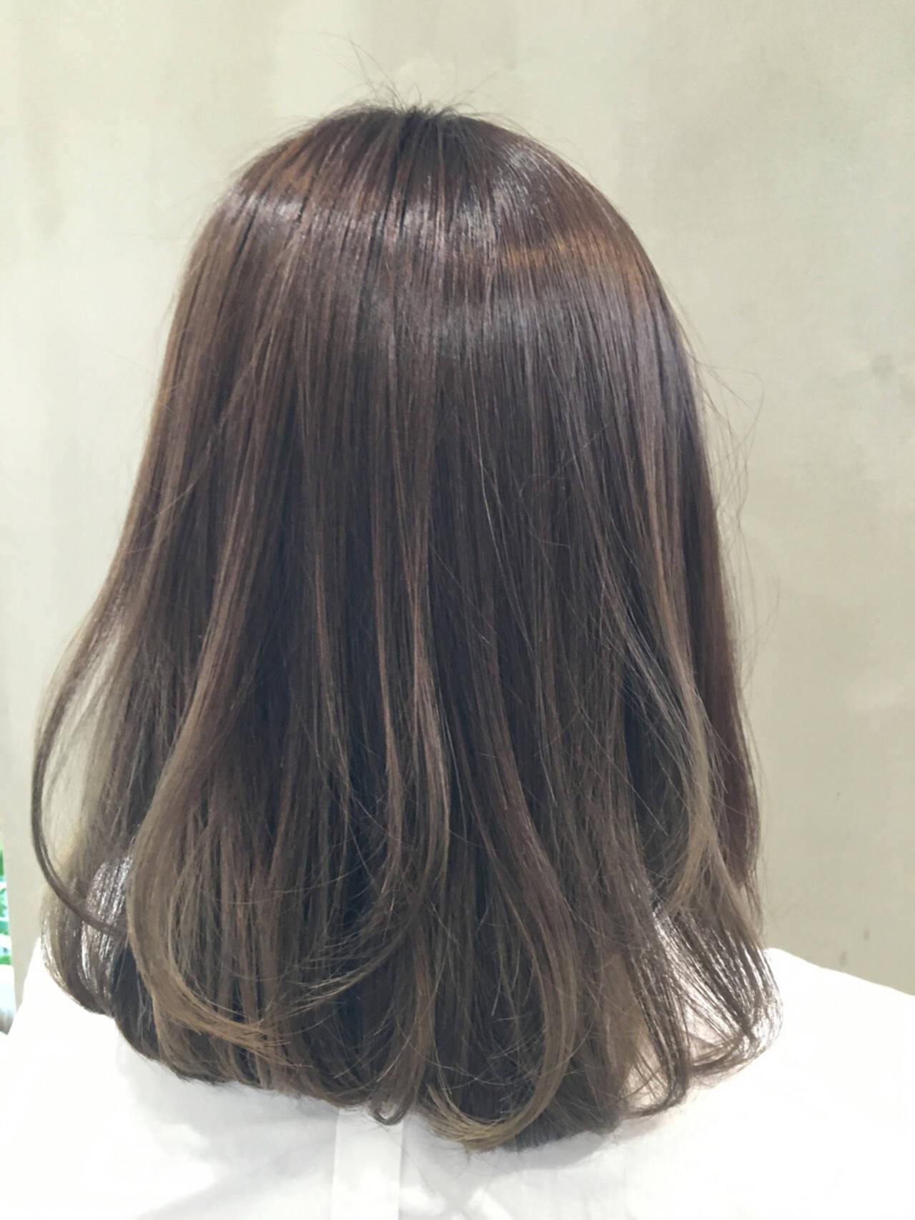 ブラウン 外国人風 グラデーションカラー ミディアムヘアスタイルや髪型の写真・画像