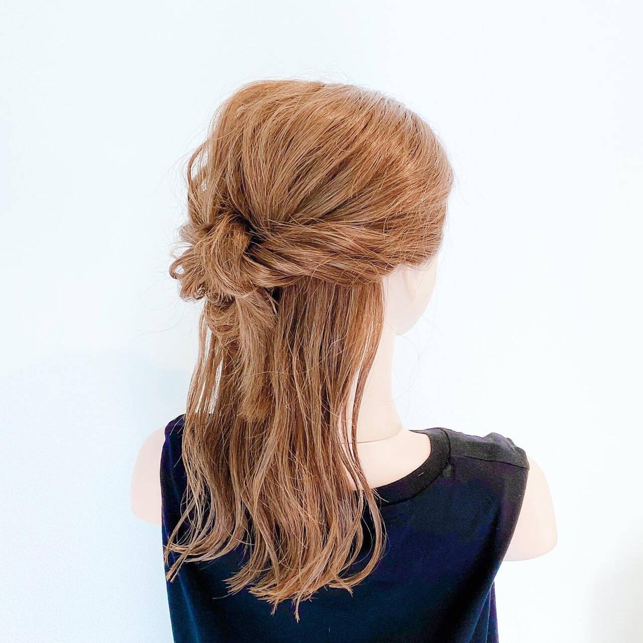 簡単ヘアアレンジ ハーフアップ フェミニン ヘアアレンジヘアスタイルや髪型の写真・画像