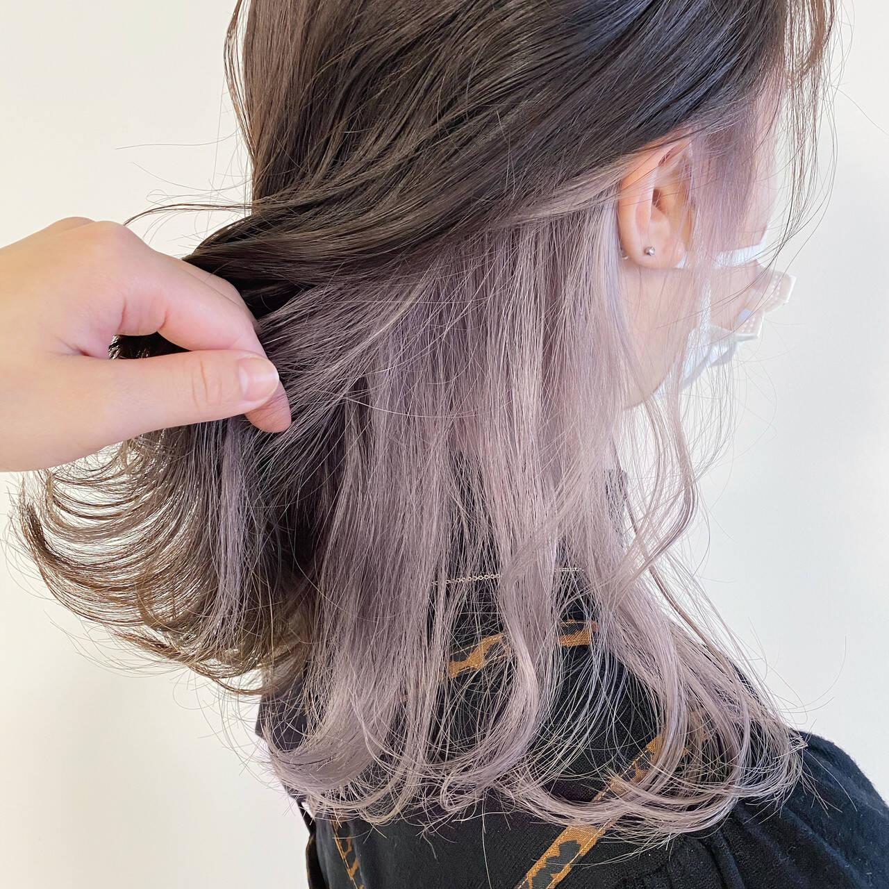 パステルカラー ラベンダー ナチュラル インナーカラーヘアスタイルや髪型の写真・画像