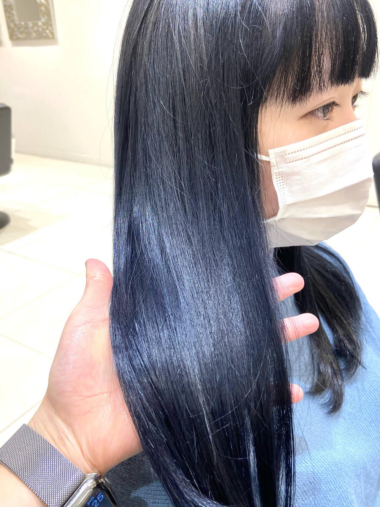 ネイビー ネイビーアッシュ ミディアム ハイトーンカラーヘアスタイルや髪型の写真・画像