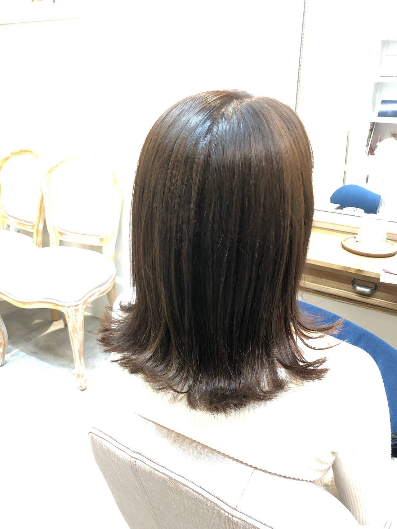 ナチュラル オフィス ミディアム デートヘアスタイルや髪型の写真・画像