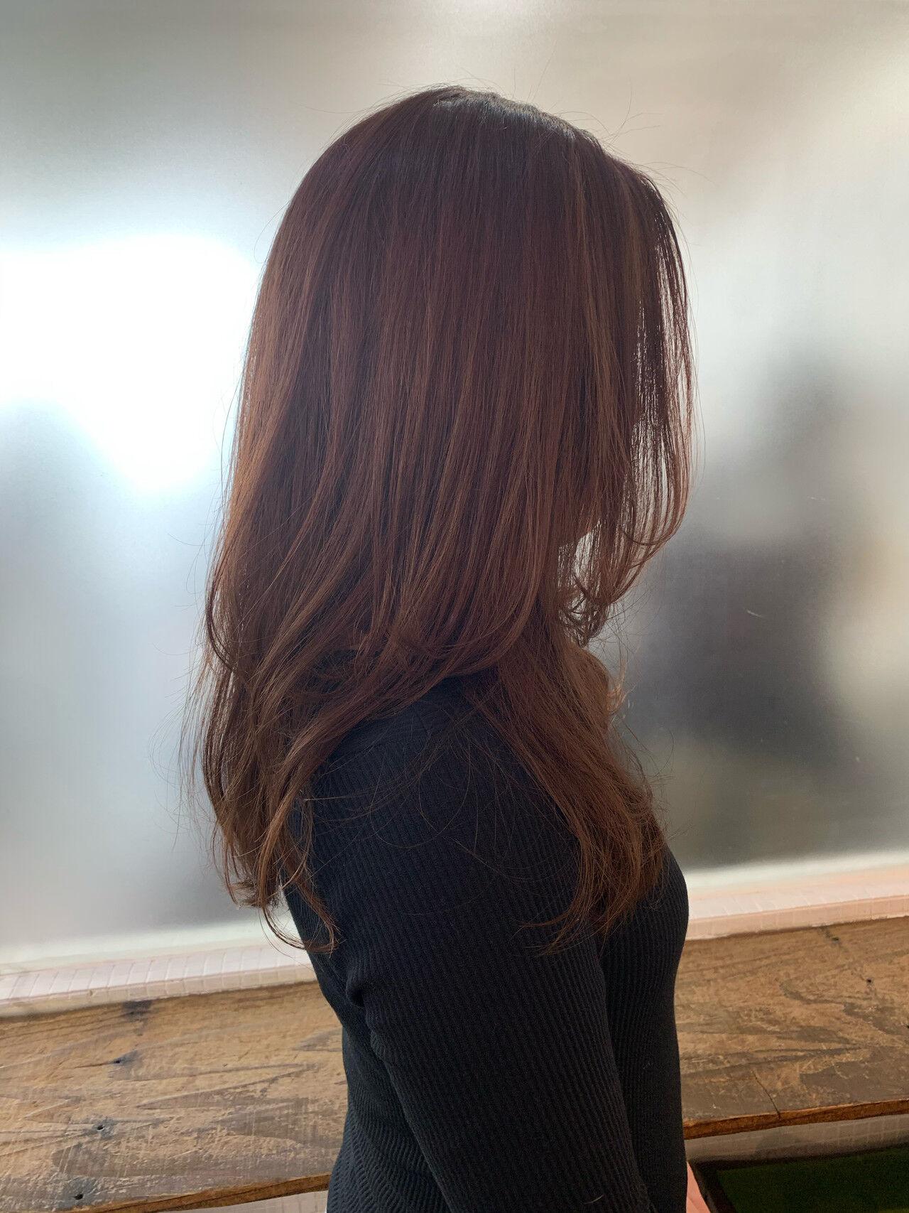 レイヤー フェミニン レイヤーヘアー ミディアムレイヤーヘアスタイルや髪型の写真・画像