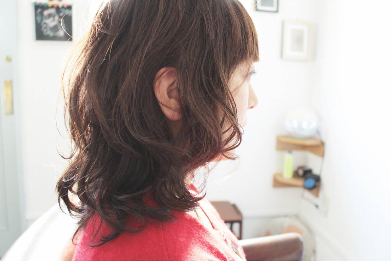 ゆるふわ 大人女子 セミロング グレージュヘアスタイルや髪型の写真・画像
