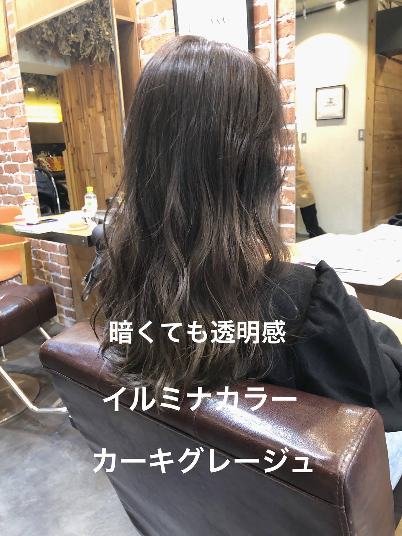 アッシュグレージュ デジタルパーマ パーマ ロングヘアスタイルや髪型の写真・画像
