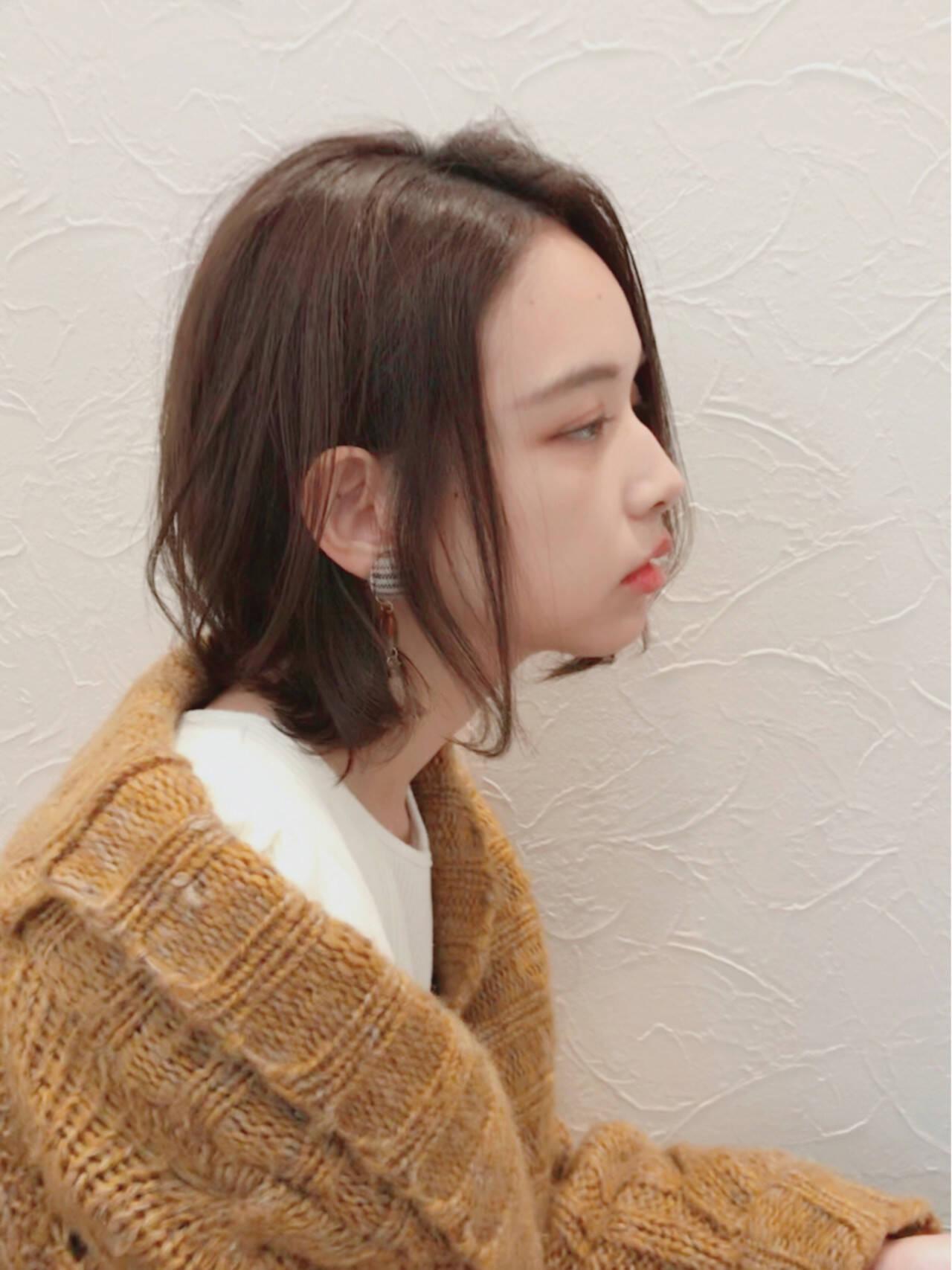透明感 ウェーブ 秋 大人女子ヘアスタイルや髪型の写真・画像