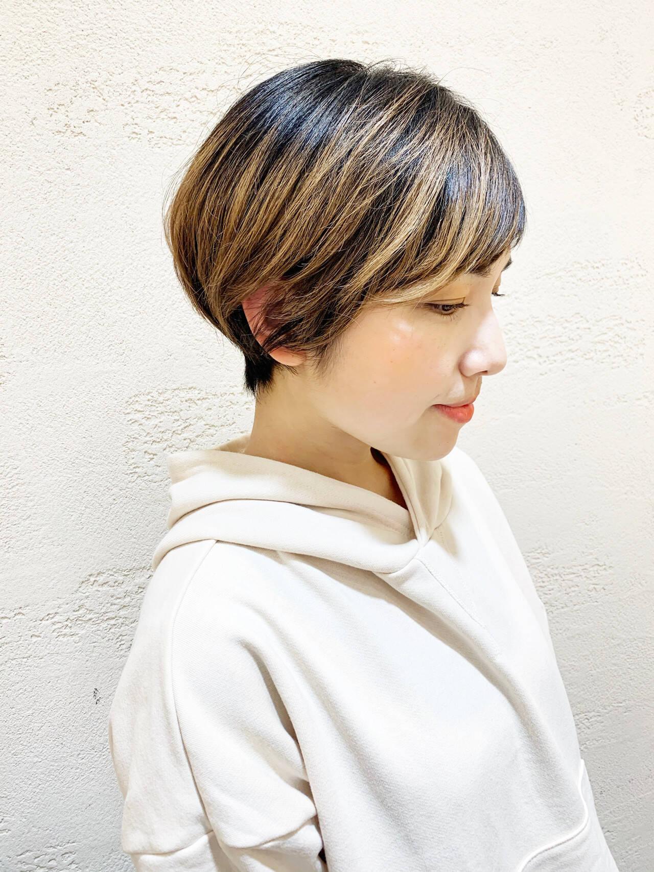 ショートバング ショート ベリーショート ナチュラルヘアスタイルや髪型の写真・画像
