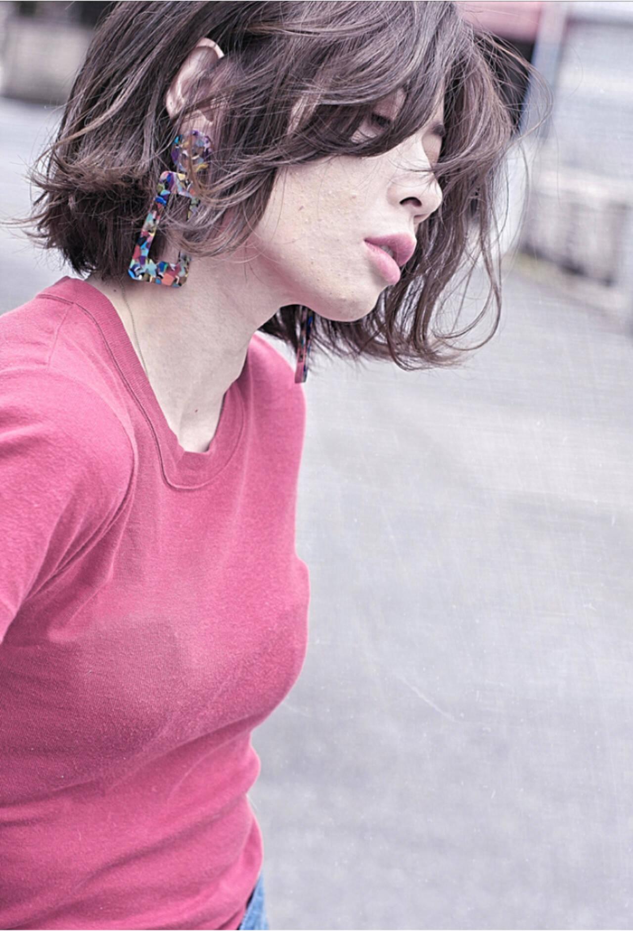ボブ パーマ サーフスタイル ナチュラルヘアスタイルや髪型の写真・画像