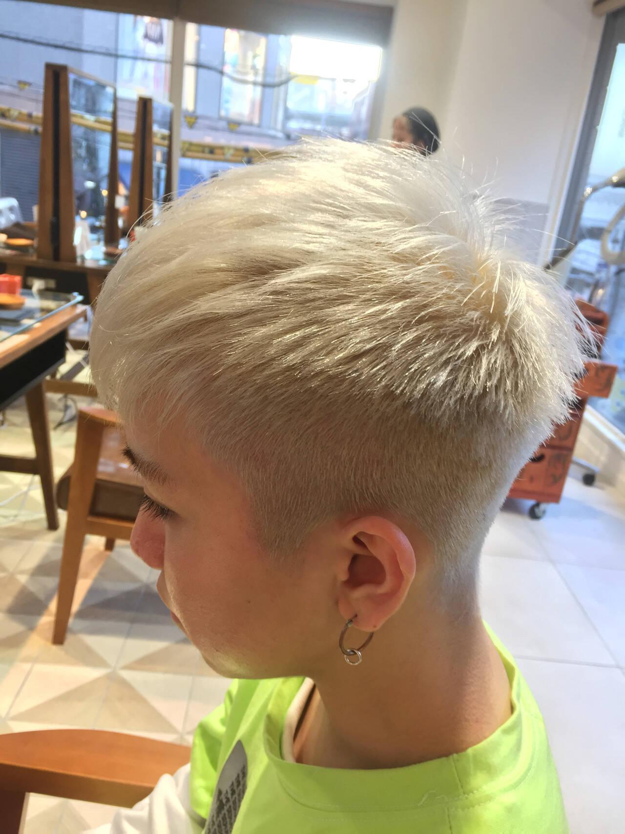 モード フェードカット ショート メンズヘアヘアスタイルや髪型の写真・画像