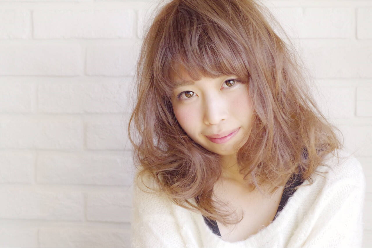ガーリー カール ミディアム 冬ヘアスタイルや髪型の写真・画像