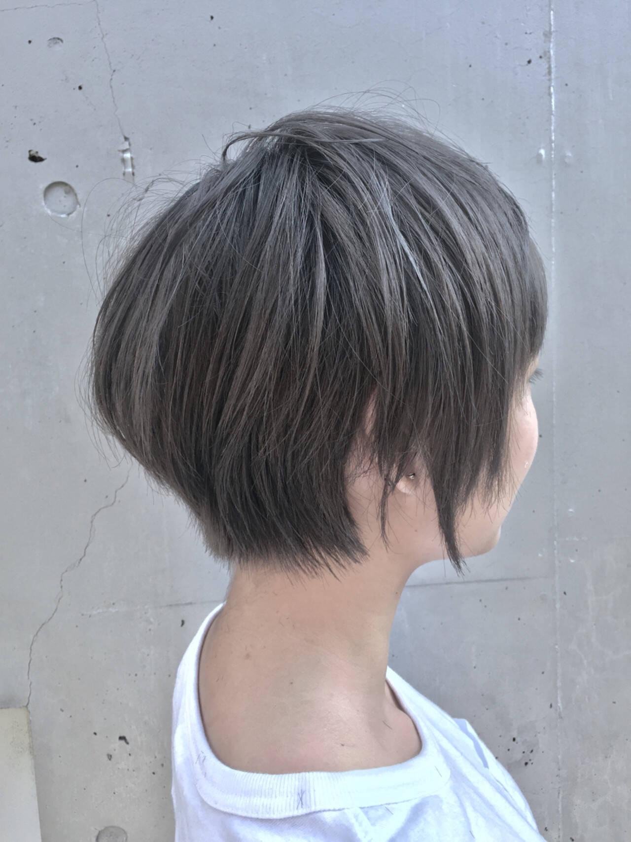 グレージュ 暗髪 ストリート 黒髪ヘアスタイルや髪型の写真・画像