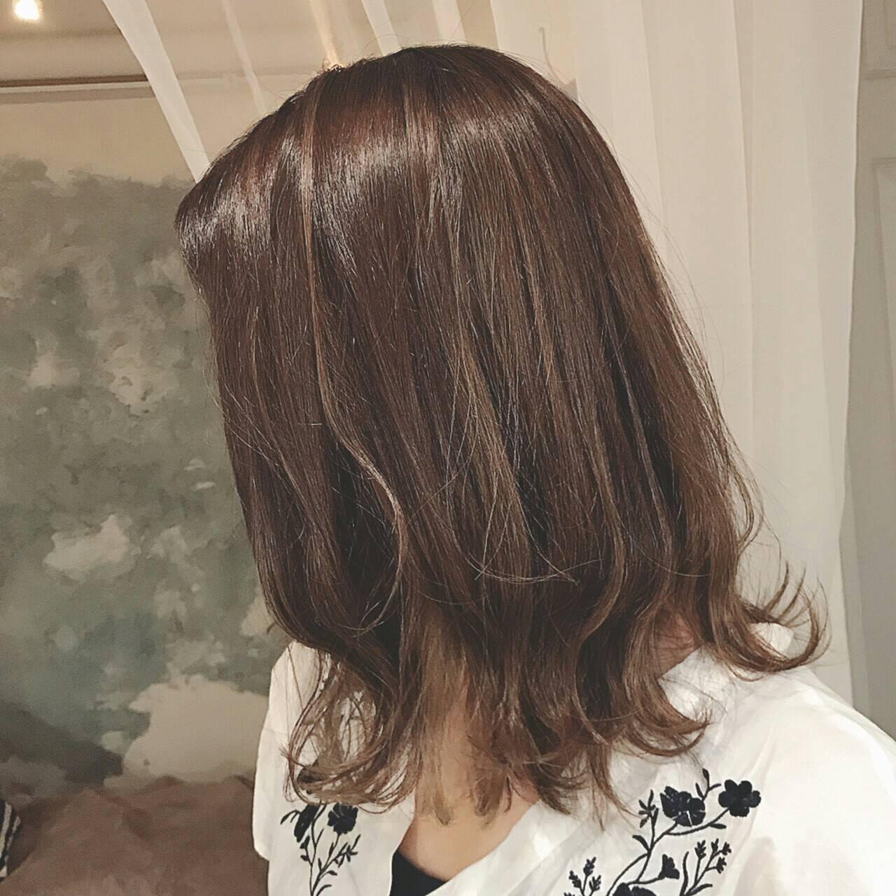 ボブ 秋 ハイライト 外ハネヘアスタイルや髪型の写真・画像
