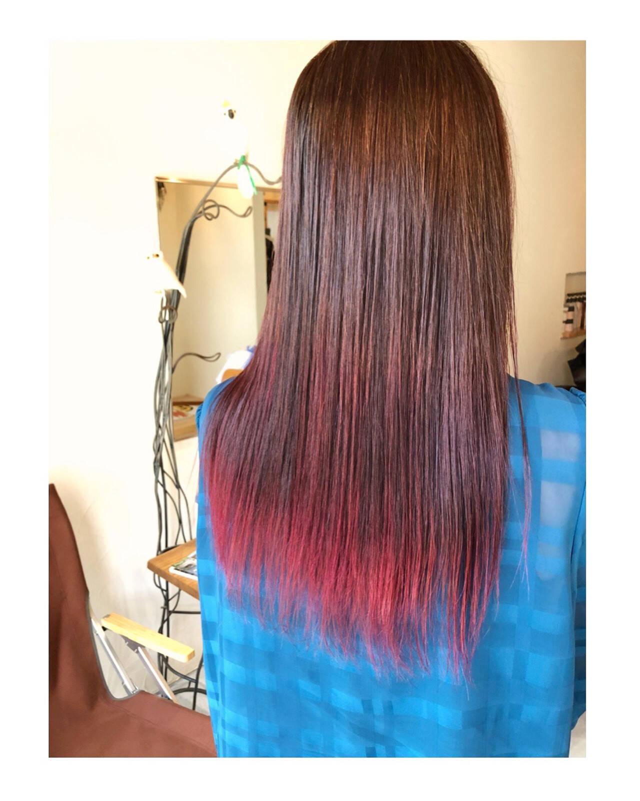 ダブルカラー ヘアカラー ロング レッドカラーヘアスタイルや髪型の写真・画像