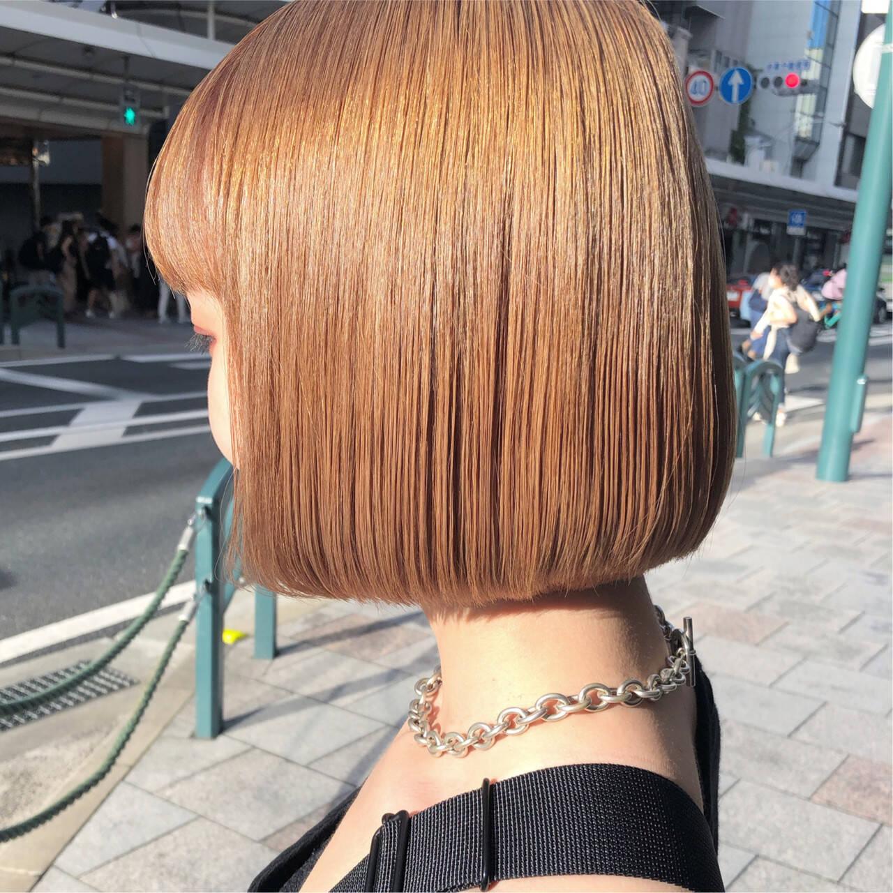 ヌーディーベージュ ブリーチ ボブ ミルクティーベージュヘアスタイルや髪型の写真・画像