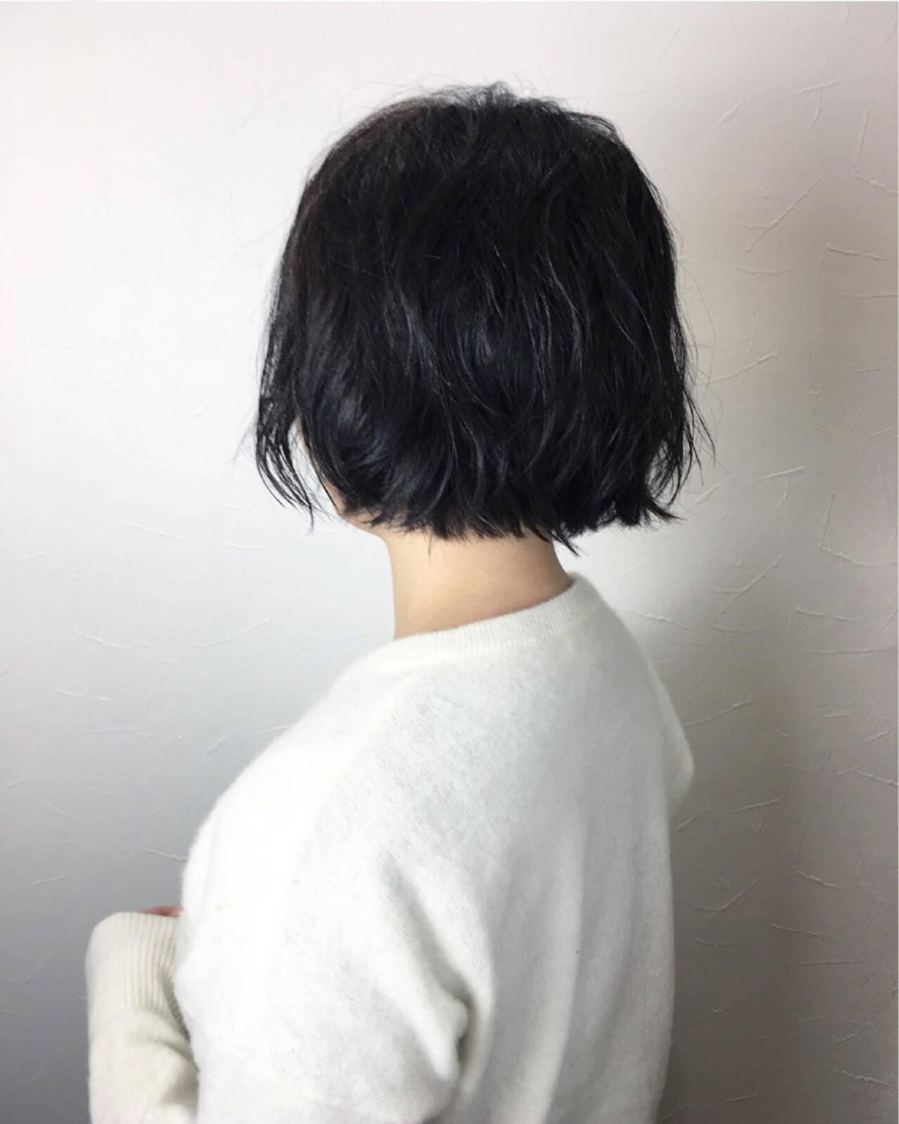 パーマ 外ハネ こなれ感 ショートボブヘアスタイルや髪型の写真・画像
