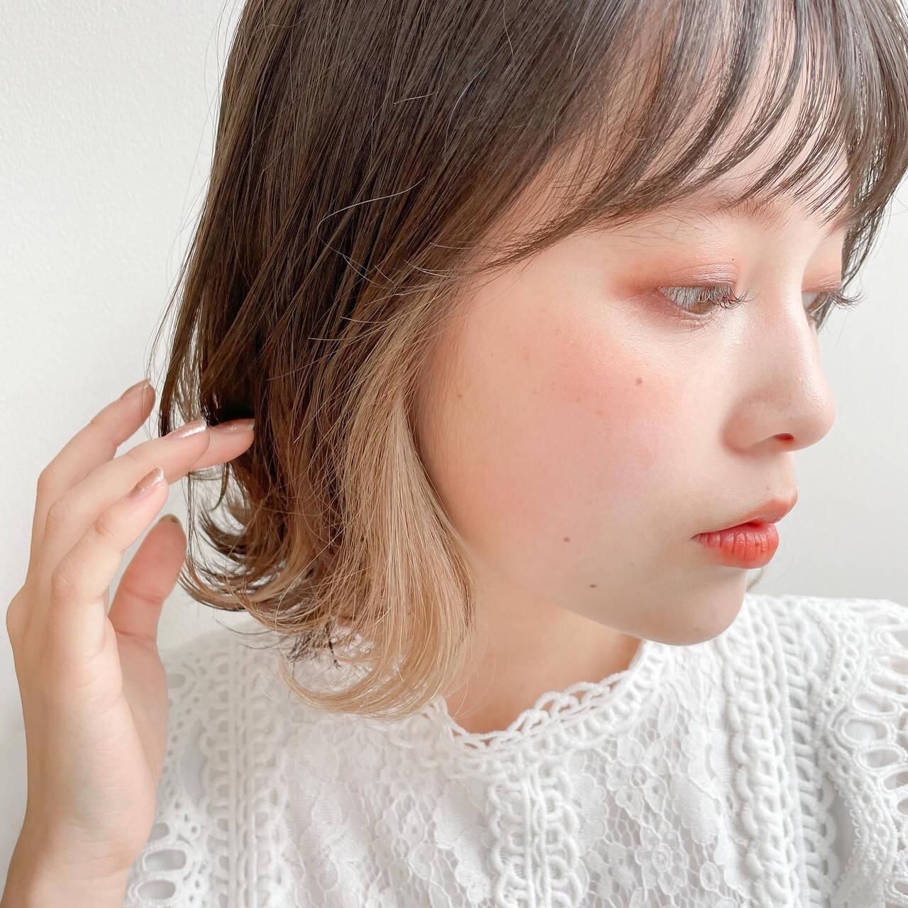 インナーカラー レイヤーカット 鎖骨ミディアム 小顔ヘアヘアスタイルや髪型の写真・画像