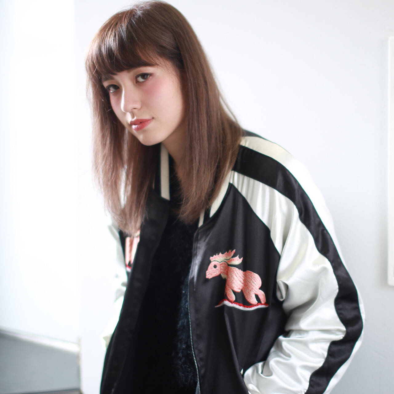 ストリート 外国人風 アッシュ ストレートヘアスタイルや髪型の写真・画像