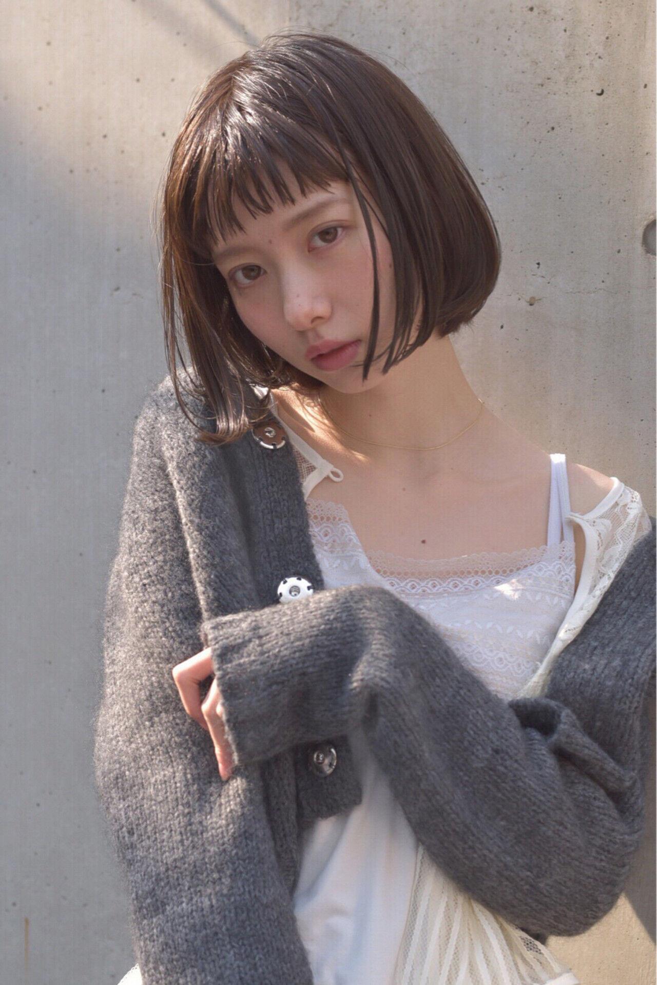 ミルクティー モテ髪 愛され フリンジバングヘアスタイルや髪型の写真・画像