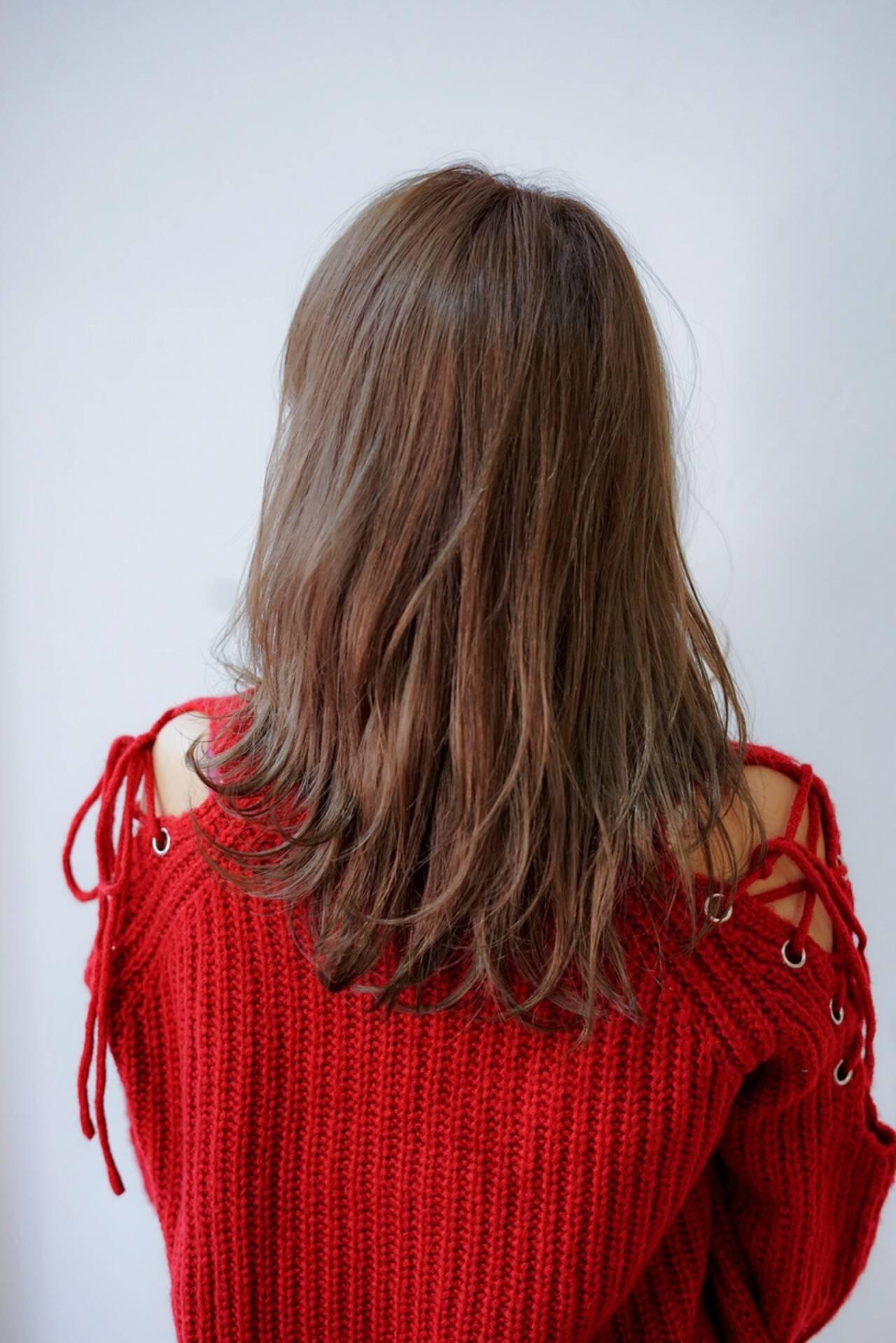 ゆるふわパーマ デジタルパーマ パーマ レイヤーヘアスタイルや髪型の写真・画像